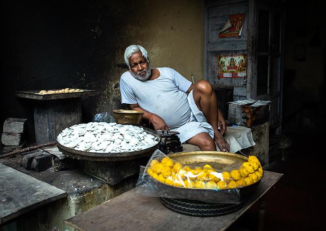 Indian street vendor selling sweets, Rajasthan, Nawalgarh, India