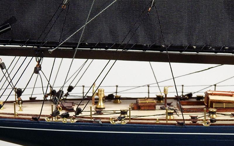 Endeavour 1934 - yacht J-class - 1:80 Amati - Page 4 48879957262_25fda1c762_c