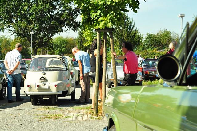 Odenwald-Rundfahrt ... Oldtimer Mustang 1965, Pommes, Pfauenaugen und Nussecken ... Foto: Brigitte Stolle