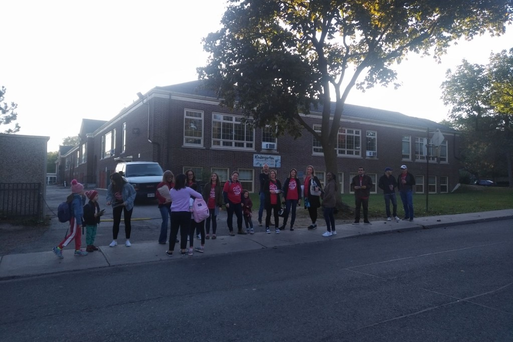 ETT Members Join Parents and Students to Take Action in Province-Wide Walk-Ins