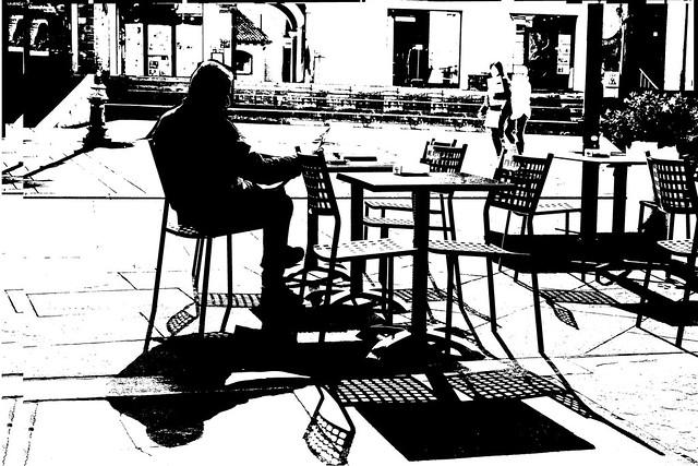 DSC_3625_5557 Reading the newspaper at the bar - La lettura del giornale al bar -