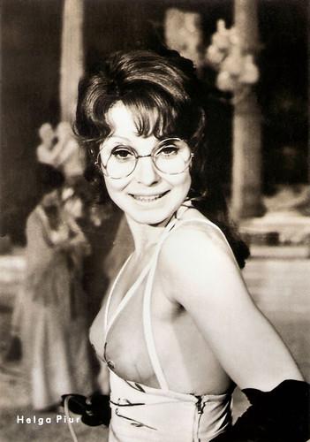 Helga Piur in Orpheus in der Unterwelt (1974)