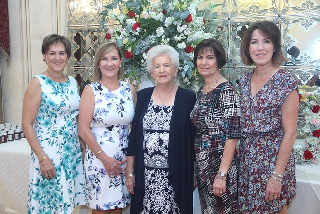 Celebran a Doña Blanca sus 90 años de vida
