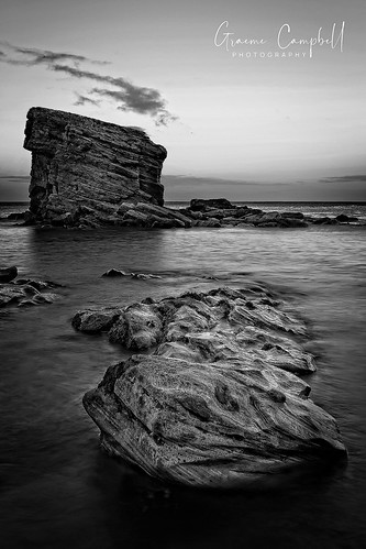 sigma seascape ngc nikon campbell d700 bythesea britain uk sunset sky sigma2470mm watermotion water rocks northumberland landscapeseascapes graemecampbell dusk england beautyofwater