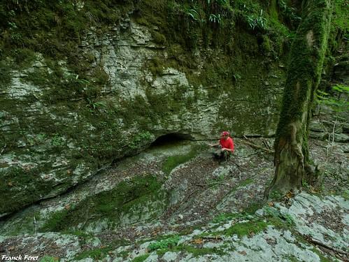 entrée de la  Grotte du Colimaçon - Cademène