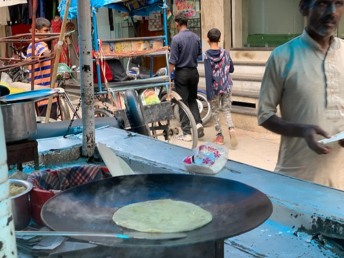 City Food - Netra-Geeta's Stuffed Paratha, Sadar Bazar, Gurgaon