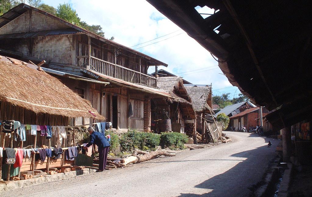 Phongsali, 13/02/2006