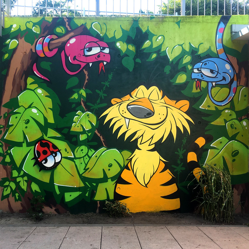 dshungle_wall
