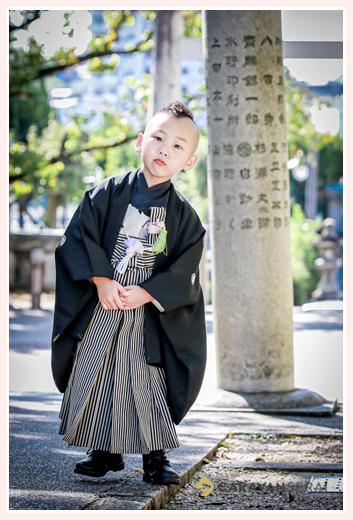 5歳の男の子の七五三 アンティーク着物 黒の羽織袴
