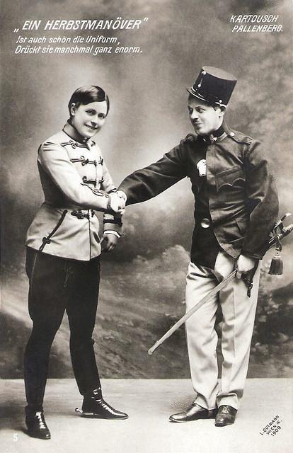 Max Pallenberg and Louise Kartousch in Ein Herbstmanöver (1909)