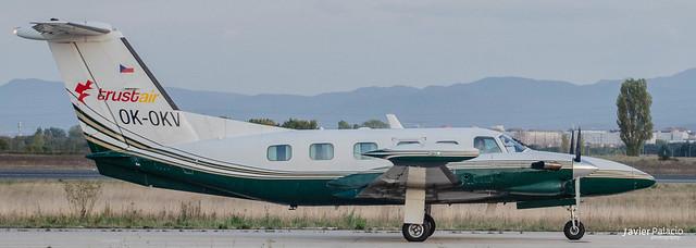 VIT/LEVT esta Piper PA-42 Cheyenne III de Air Bohemia procedente