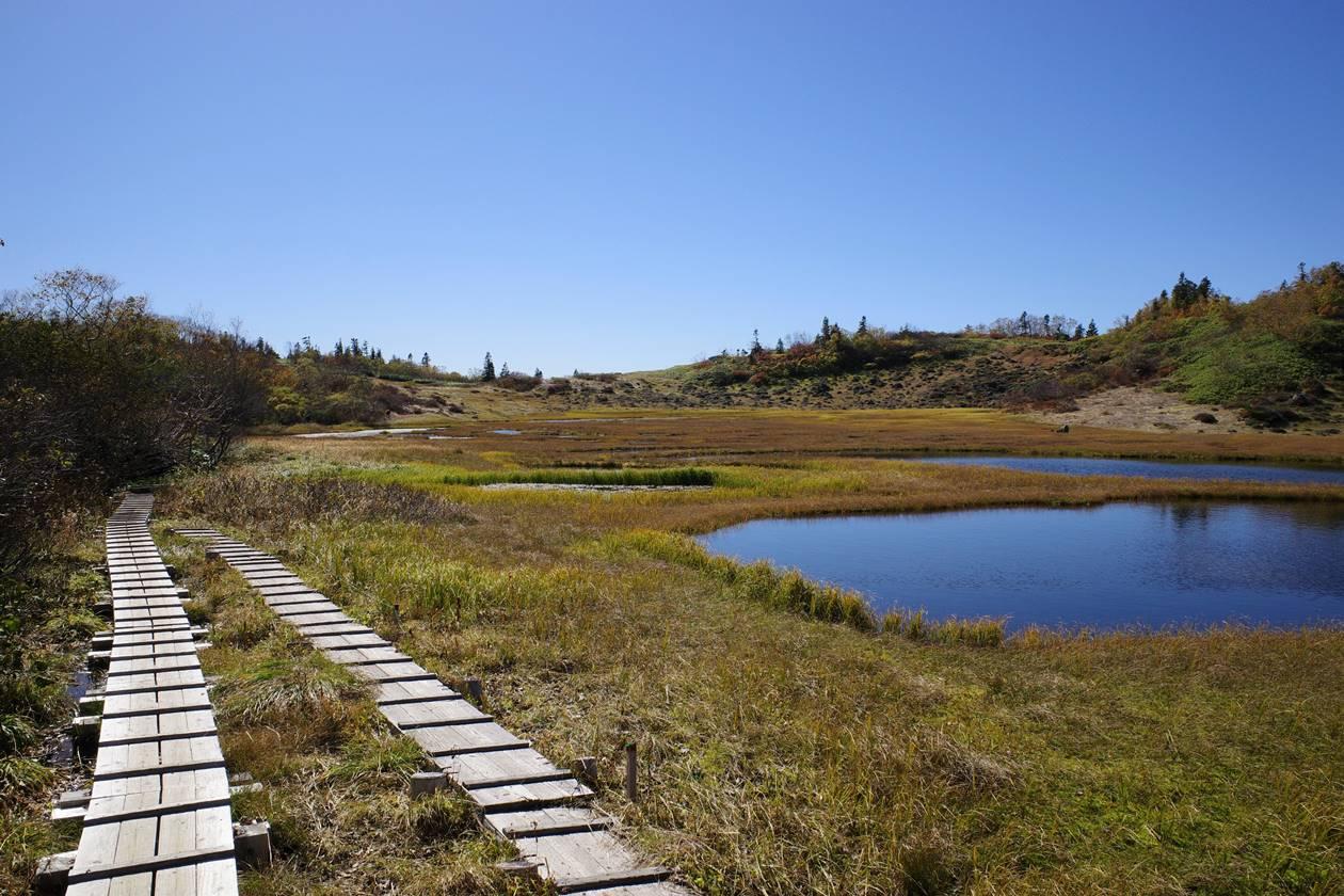 天狗の庭の湿原と草紅葉