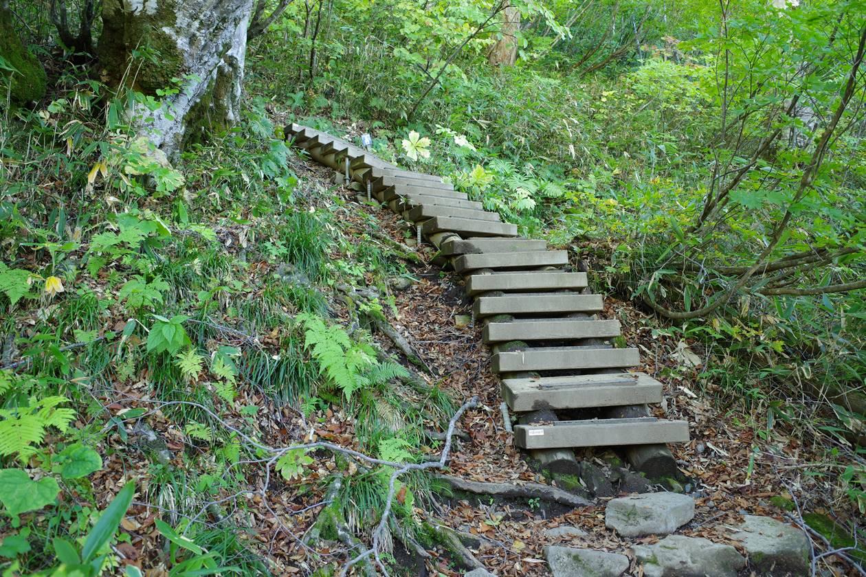 十二曲りの階段