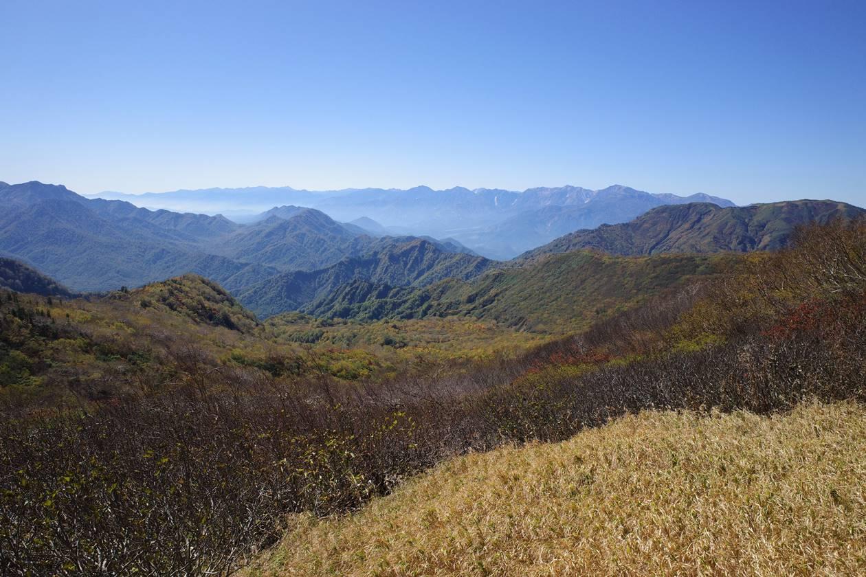 火打山から眺める北アルプス