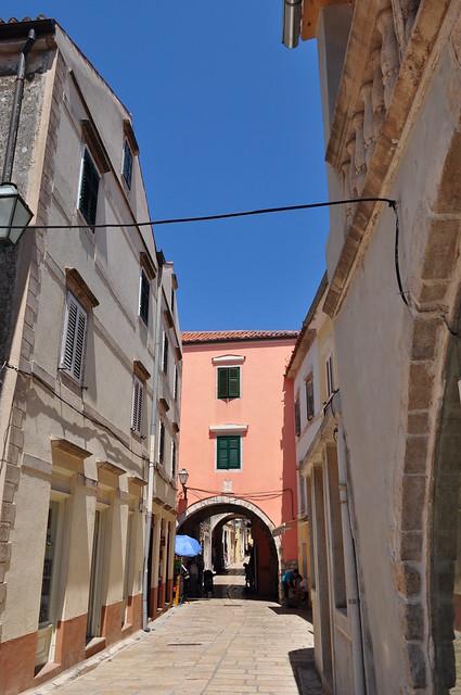 Srednja ulica, Rab, île de Rab, Comitat de Primorje-Gorski Kotar, Croatie.
