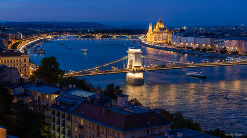 budapest river bridge chainbridge danuberiver bluehour lights reflection hungarianparliment kossuthsquare gothicrevival