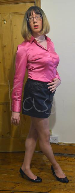 Pink satin blouse, black leather mini - 2