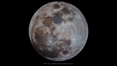 100 Megapixel Full Moon