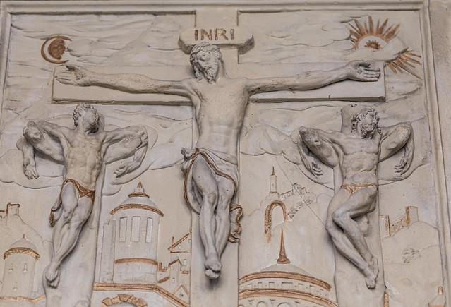 Und mit ihm kreuzigten sie zwei Räuber, einen zu seiner Rechten und einen zu seiner Linken.