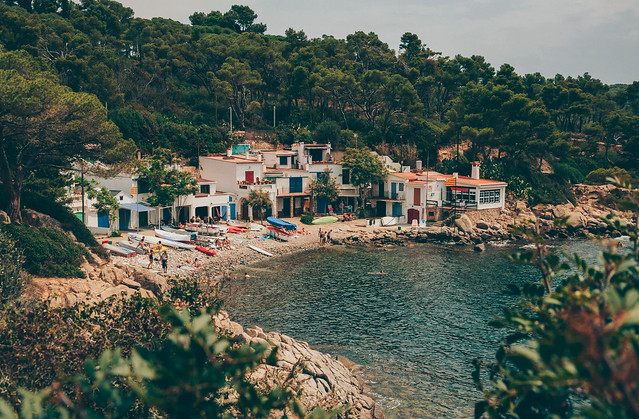 Beach life at Cala S'Alguer