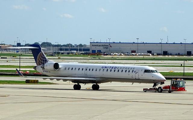 United Express (SkyWest) Bombardier CRJ-700ER N796SK