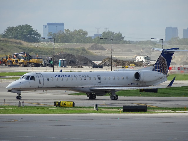 United Express (Trans States Airlines) Embraer ERJ-145XR N11150