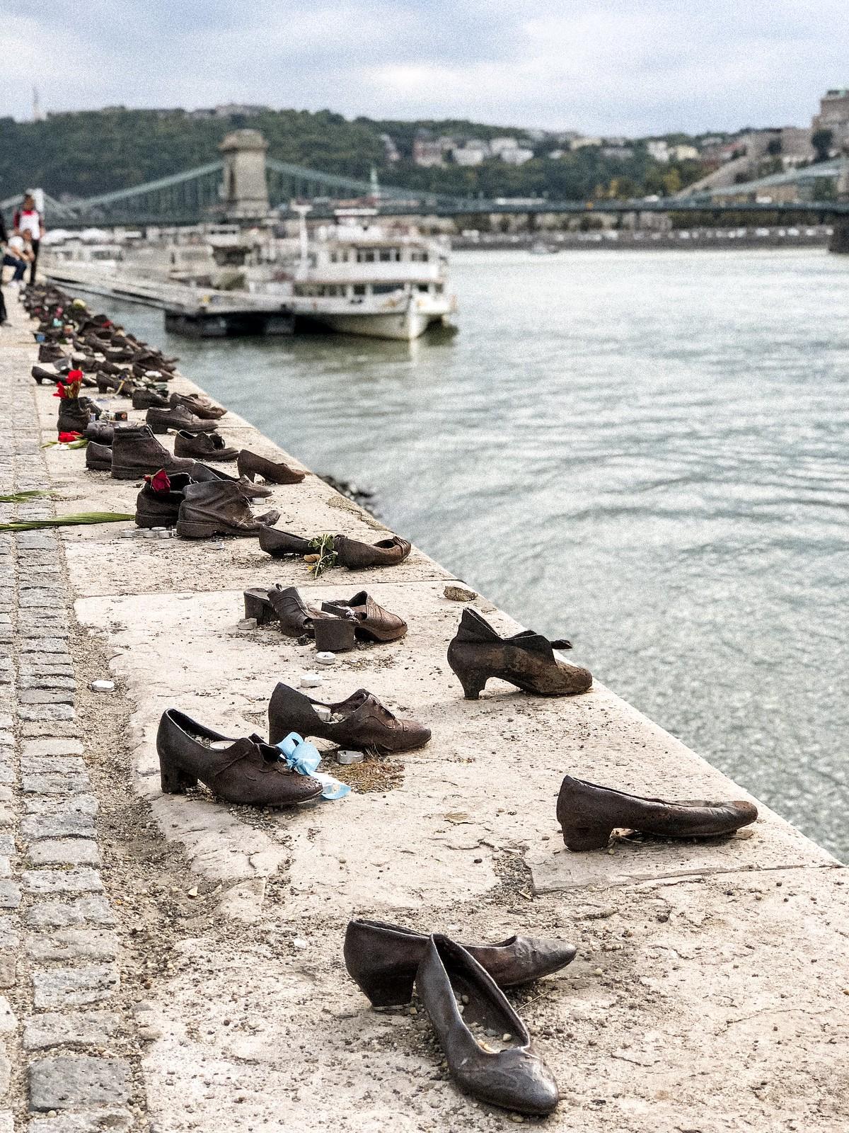 shoes-memorial
