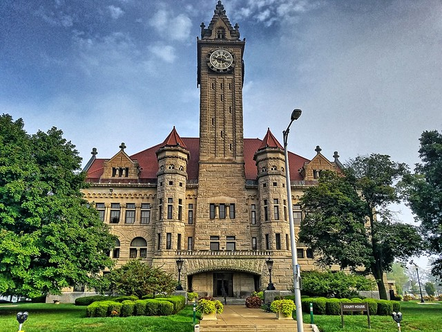 Wood County Courthouse- Bowling Green OH (2)