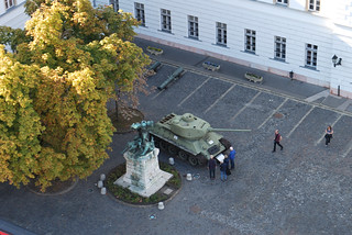 Kapisztrán Square with a T-34/85