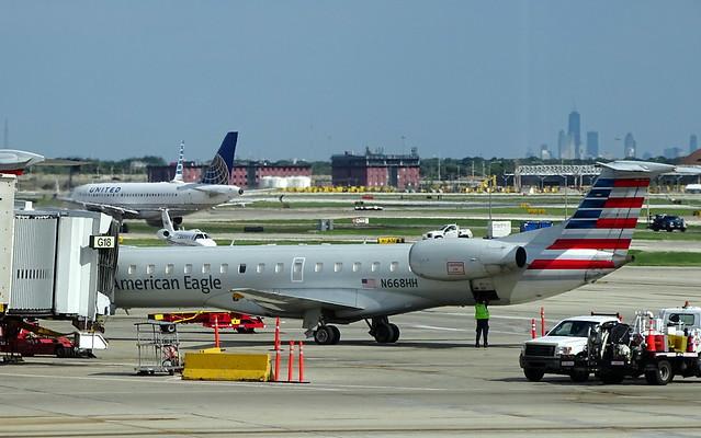 American Eagle (Envoy Air) Embraer ERJ-145LR N668HH