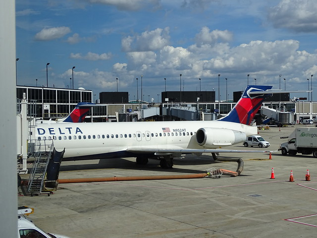Delta Air Lines Boeing 717 N952AT