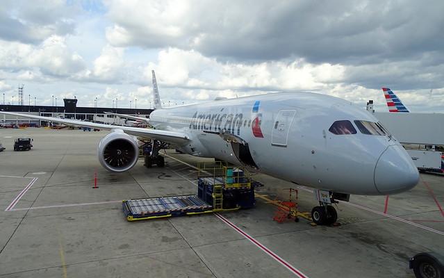 American Airlines Boeing 787-9 N834AA