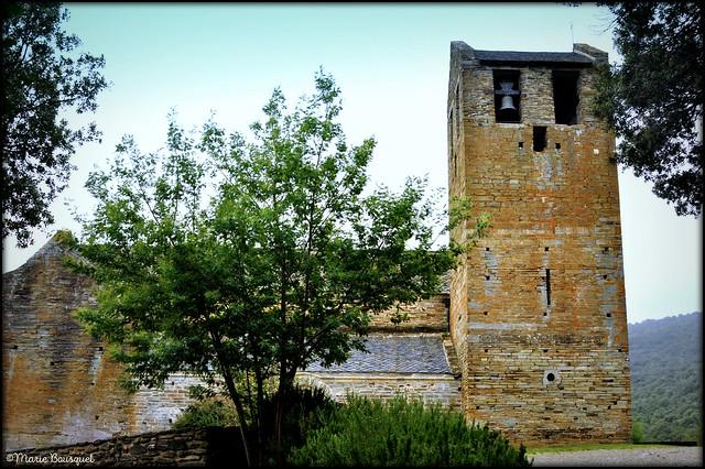 Arrivée sur le site du prieuré de Serrabone