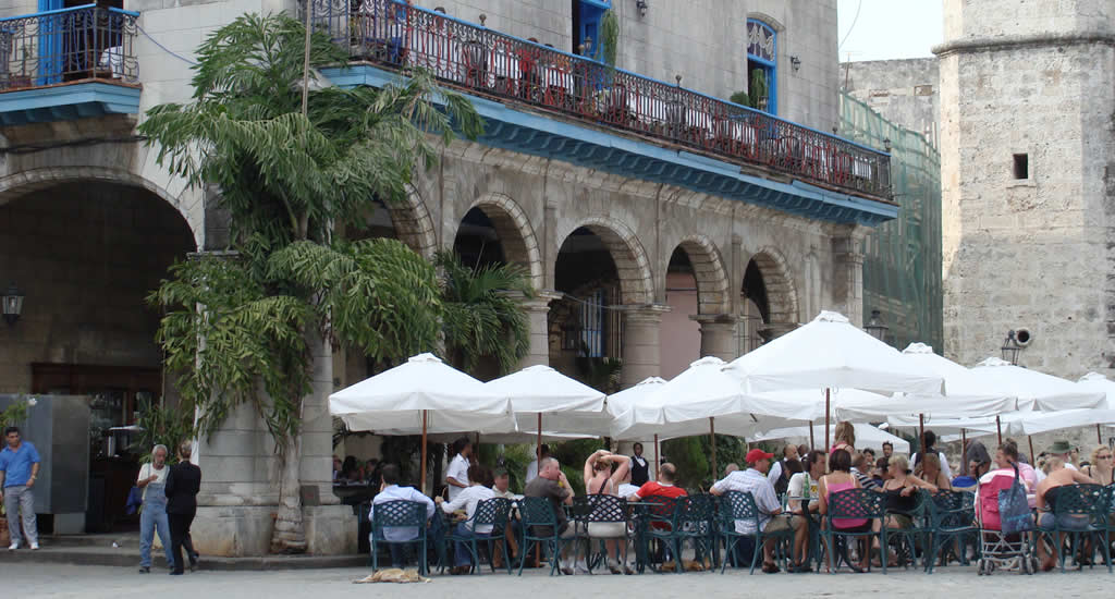 Bezienswaardigheden in Havana, Cuba: Plaza de la Catedral | Mooistestedentrips.nl