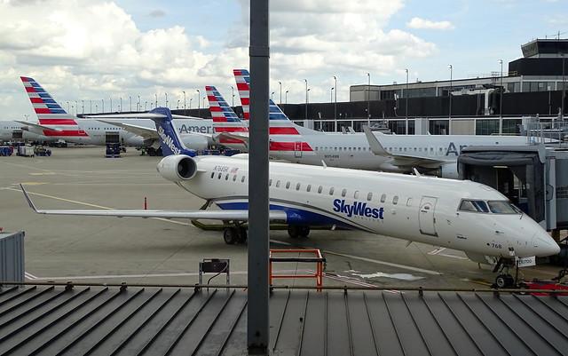SkyWest Airlines Canadair CRJ-702 N768SK