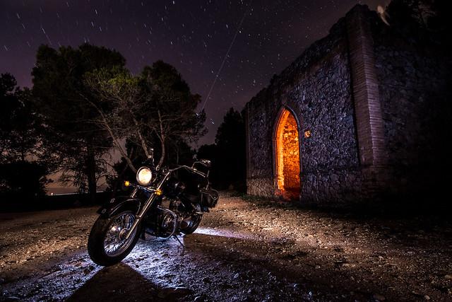 Lightpainting moto custom.