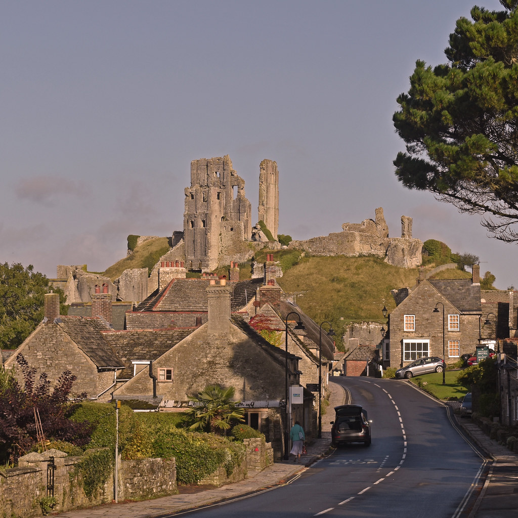 UK - Dorset - Corfe Castle