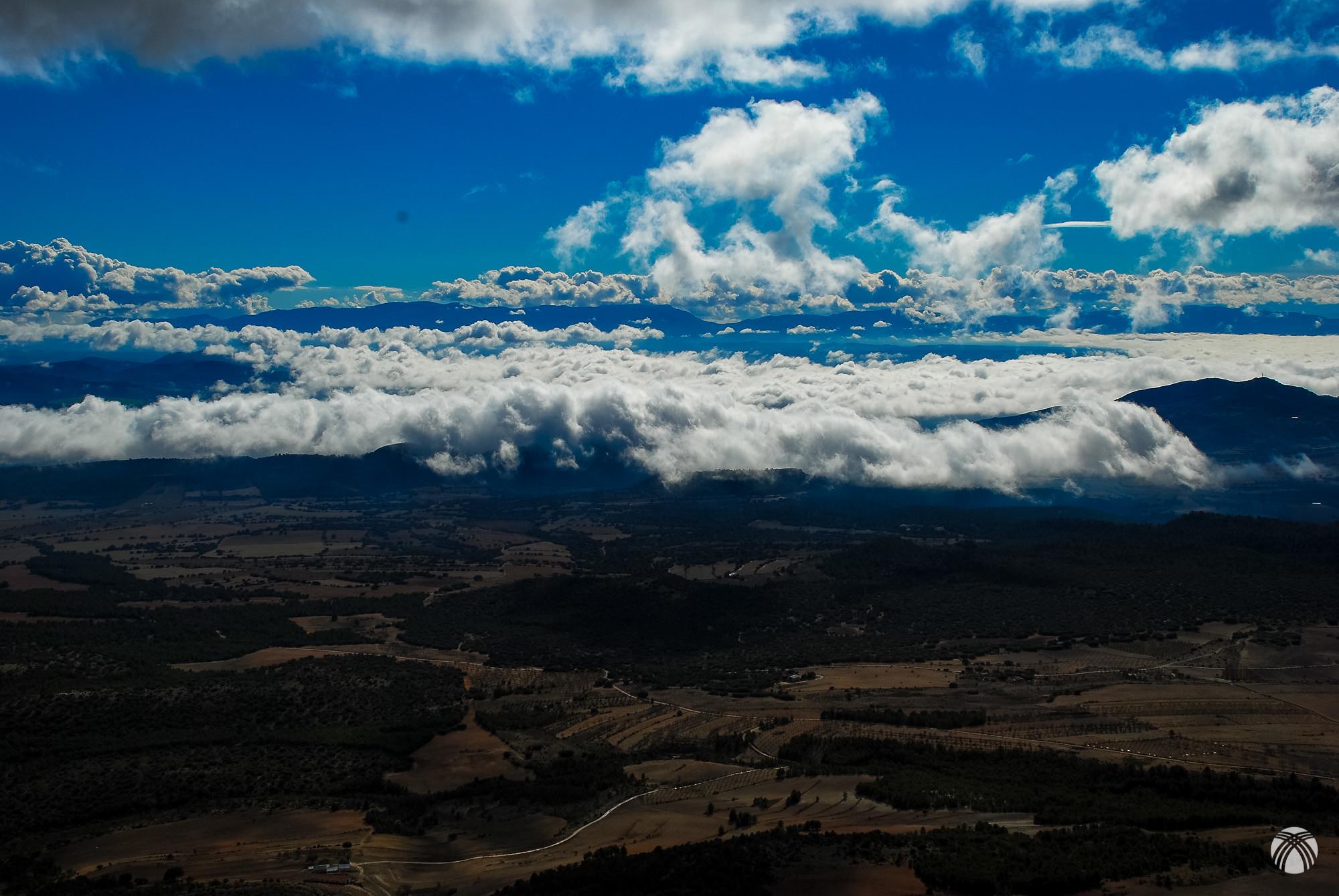 Sierra de María y las nubes que se acercan