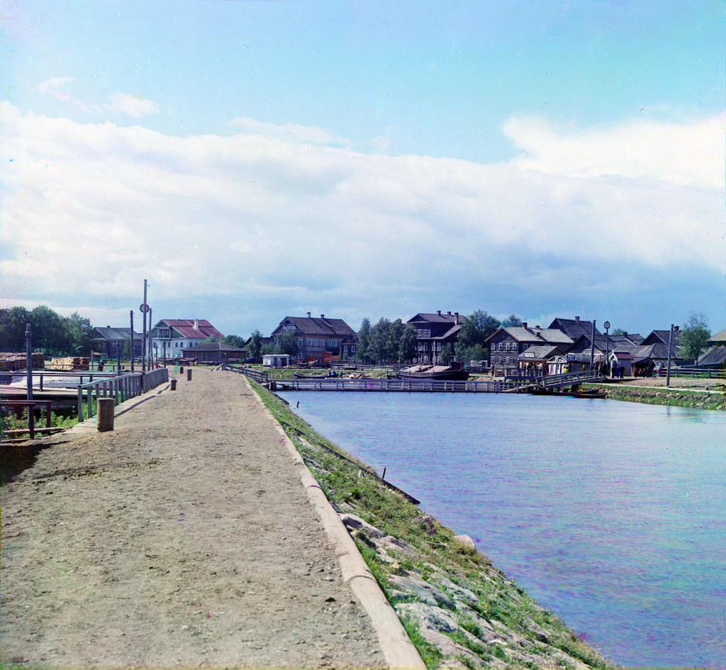 12. Окрестности города. Онежский канал у Вознесенья