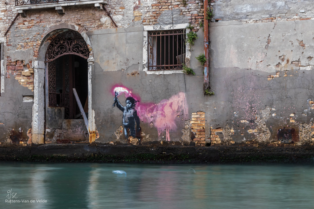 The shipwrecked / migrant child | Banksy | Venice