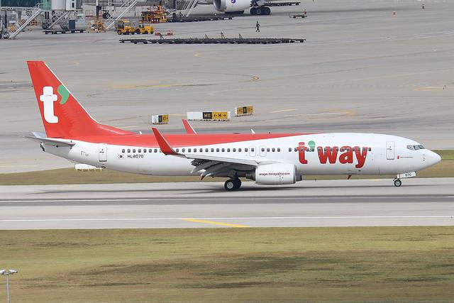 HL8070  -  Boeing 737-8AS (WL)  -  T'Way Air  -  ICN/RKCI 6/10/19