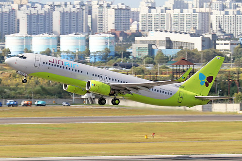 HL7562  -  Boeing 737-8B5 (WL)  -  Jin Air  -  GMP/RKSS 6/10/19 | by Martin Stovey
