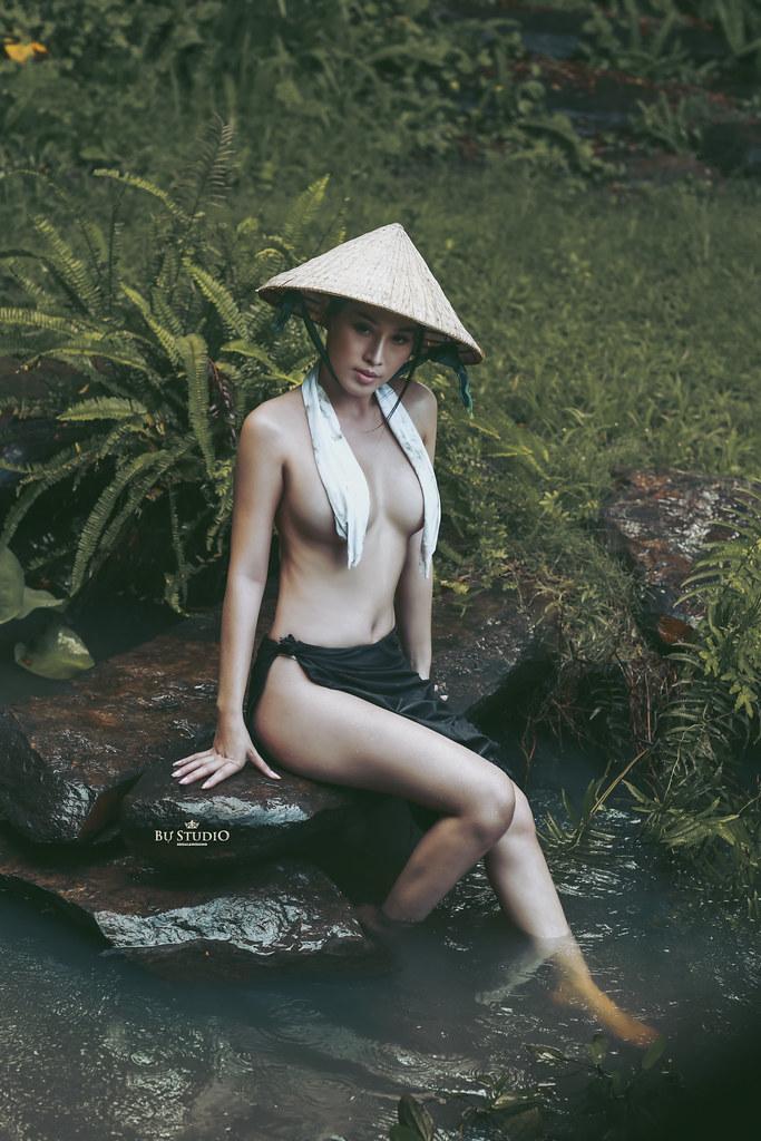Petite vietnamese girls nude