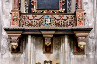 Winchester, Hampshire, cathedral, monument to Edw. Cole †1617, detail