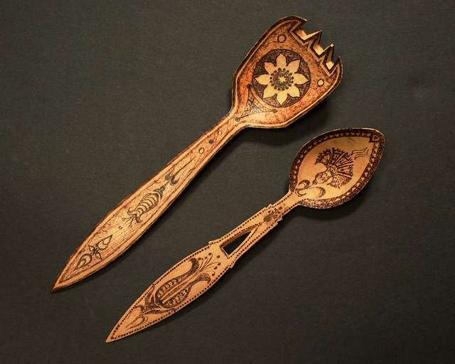 Pyrographic spoons