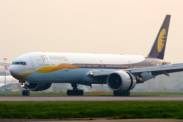 Jet Airways (VT-JEU)