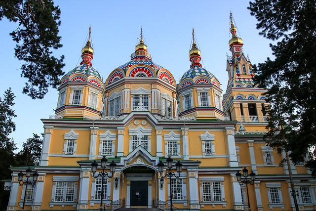 Happy Sunday ! / Zenkov cathedral, Almaty, Kazakhstan