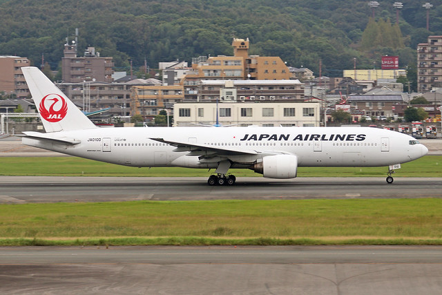 JA010D  -  Boeing 777-289  -  Japan Airlines  -  FUK/RJFF 7/10/19