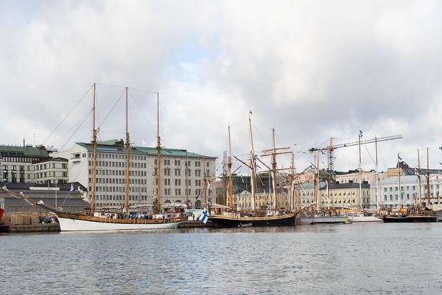 Big sailing ships
