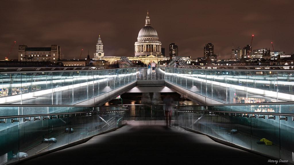 Millennium Bridge after Dark